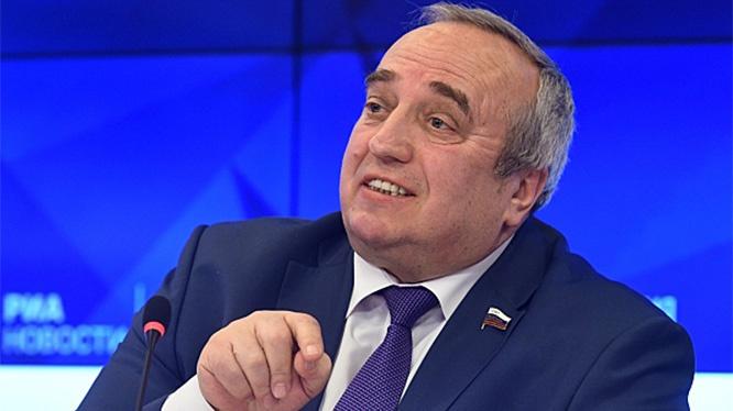 Член Комитета по обороне и безопасности Совета Федерации РФ Франц Клинцевич.