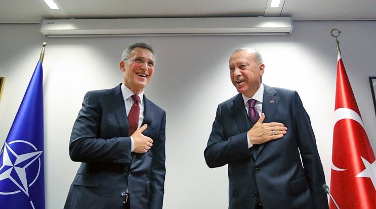 Столтенберг обещает безмерную солидарность «правому турецкому делу», но более ничего конкретного.