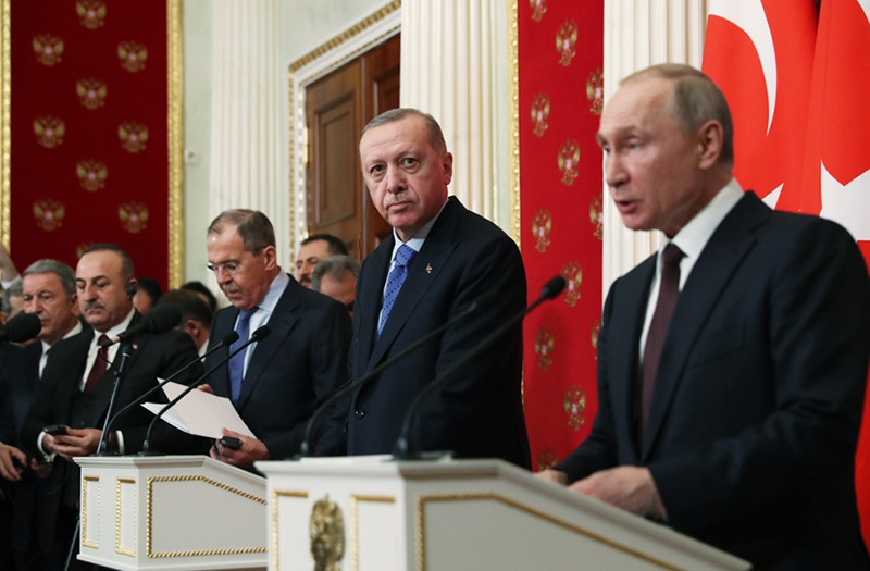 Президентам Владимиру Путину и Реджепу Эрдогану удалось согласовать меры по разрешению кризисной ситуации в Сирии.