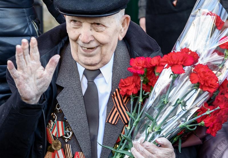 Командир сапёрного отделения Алексей Филиппович Юнда награждён медалью «За победу над Японией» и орденом Отечественной войны II степени.