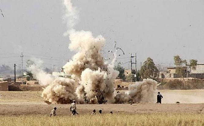 Взрыв заложенной террористами противопехотной мины в Сирии.