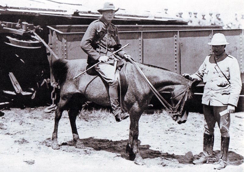 Уинстон Черчилль на англо-бурской войне.