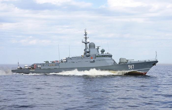 Головной МРК «Ураган» класса «Каракурт».