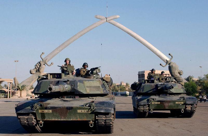 Победа над «тираном» Саддамом Хусейном в 2003 году, давшаяся американцам с третьего раза, была не такой уж безупречной.