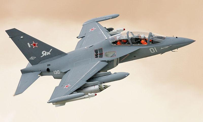 Учебно-тренировочный самолёт Як-130 превратится в итальянский М-346 «Master».