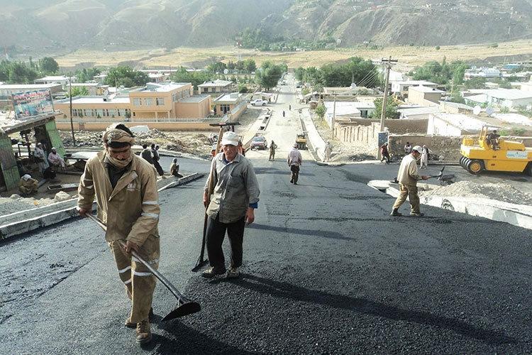 Немцы активно воссоздают гражданскую инфраструктуру Афганистана.