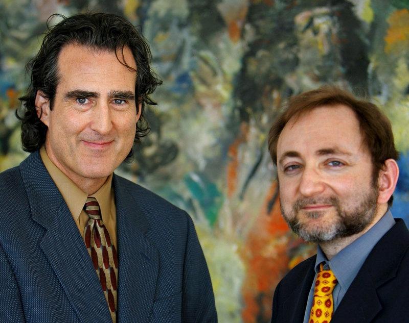 Американские учёные Эндрю Файер и Крейг Мелло.