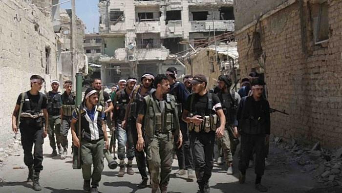 Боевики «Файлака»* утверждали, что турки платили им до 10 тысяч лир в день «фронтовых» - только бы они воевали против курдов.