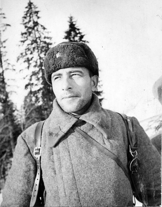 Михаил Катуков начал войну командиром 20-й танковой дивизии.