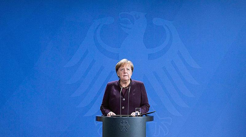 Немецкий канцлер Ангела Меркель сравнила нашествие COVID-19 со Второй мировой.