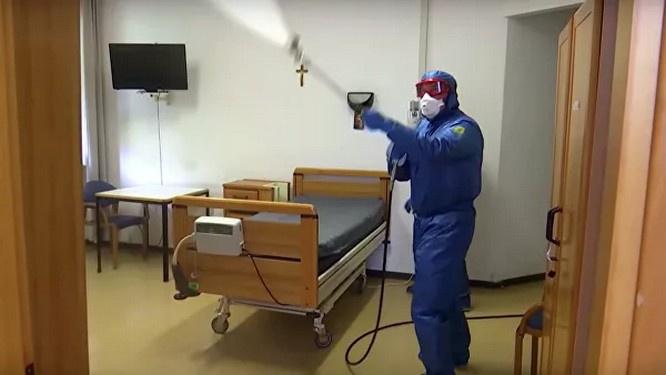 Российские военные специалисты провели полную санитарную обработку 15 лечебных учреждений в Бергамо.