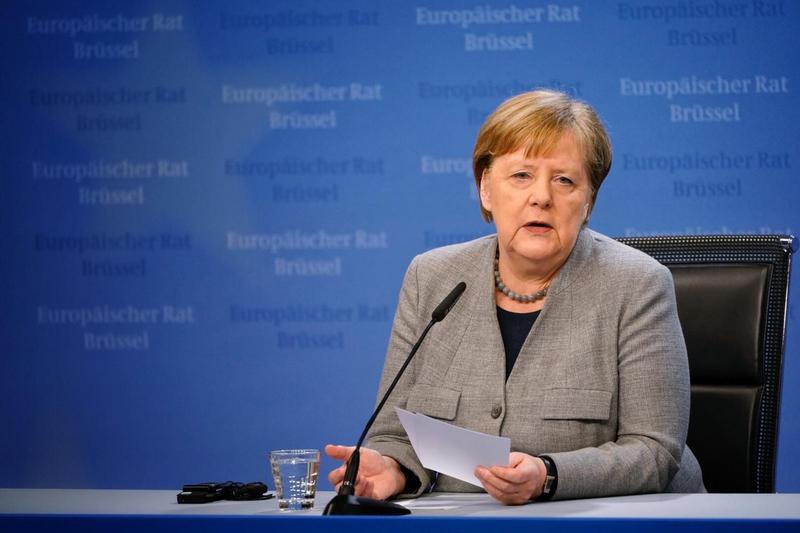 Канцлер Германии Ангела Меркель объявила о том, что её страна столкнулась с таким серьёзным испытанием, какое пережила в годы Второй мировой войны.