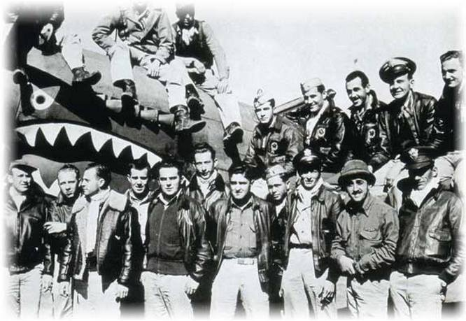 Американские лётчики из эскадрильи Flying Tigers воевали в Китае за деньги.