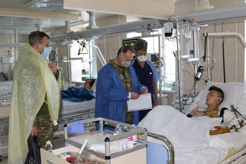 Количество раненых и травмированных за время конфликта на Украине превысило 22,4 тыс. человек.