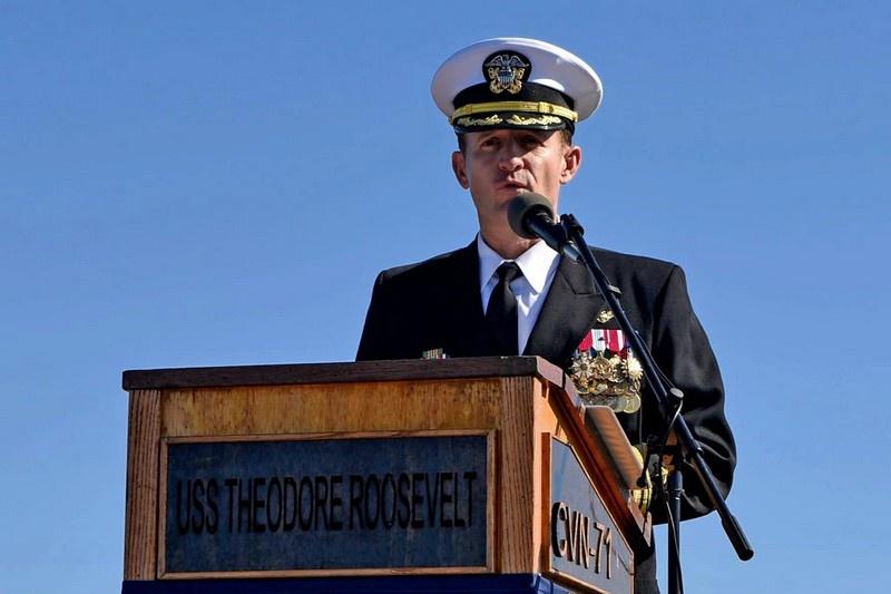 Капитан Бретт Крозье: «Мы не на войне. Морякам не нужно умирать».