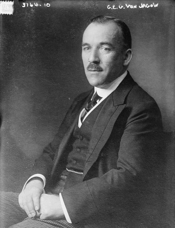 Статс-секретарь по иностранным делам Германии Готлиб фон Ягов.