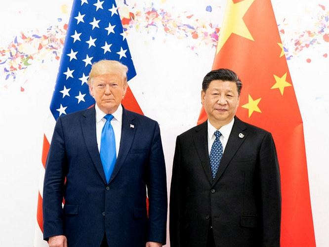 Китай, скорее всего, будет наступать, потому что он раньше всех выходит из этого кризиса, а Америка - обороняться.