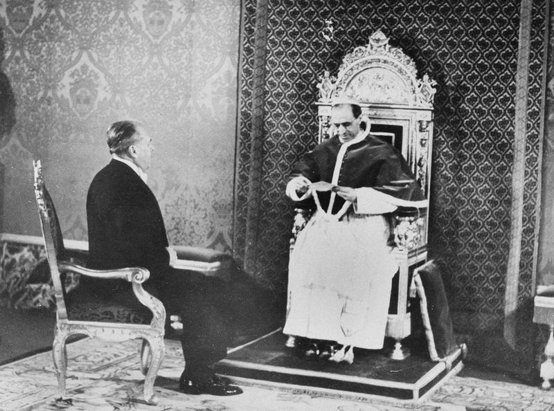 Встреча Папы Пия XII с Майороном Тейлором, посланником Рузвельта в Ватикане.