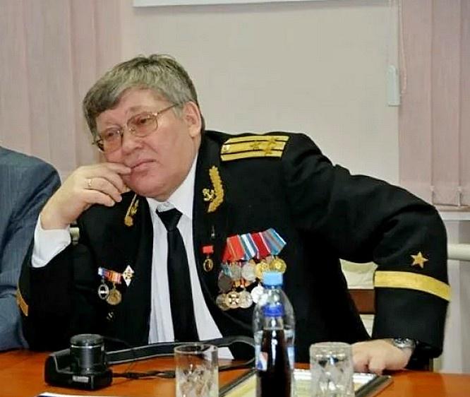 Член Экспертного совета Общероссийской организации «Офицеры России» капитан 1 ранга запаса Василий Дандыкин.