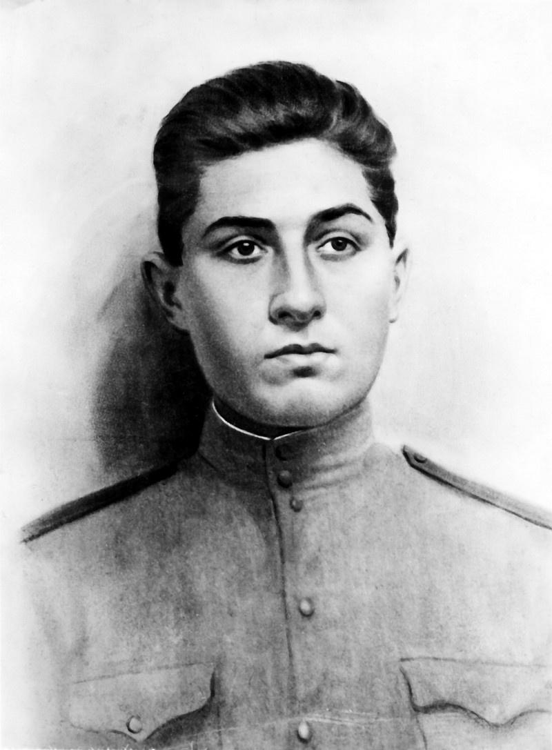 Лейтенант Ашот Саркисов.