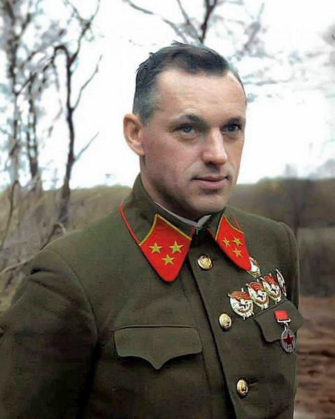 Будущий маршал Константин Рокоссовский.