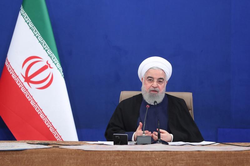Президент Ирана Хасан Роухани отметил, что менее чем за два года американские ограничения нанесли иранской экономике ущерб примерно на $200 млрд.