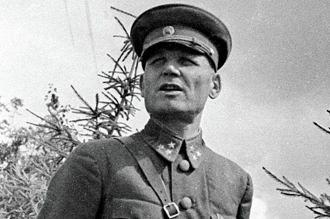 На Великой Отечественной войне Иван Конев с первых дней.