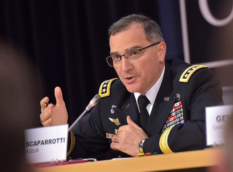 Бывший главнокомандующий вооружёнными силами НАТО в Европе генерал в отставке Кёртис Скапарротти - один из авторов доклада.