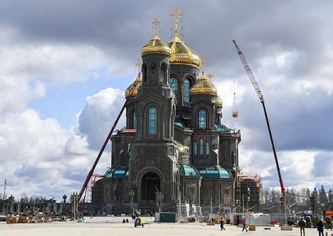 К 9 мая храм будет полностью готов.