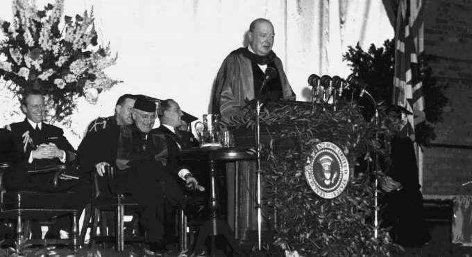 5 марта 1946 года Черчилль произнёс свою знаменитую речь, которой было суждено открыть эпоху биполярного мира.