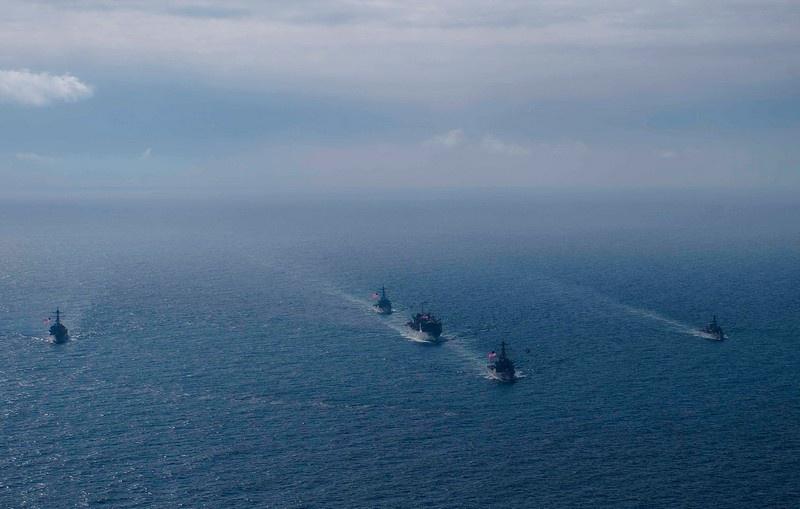 Корабли 6-го флота ВМС США и британских ВМС вошли в Баренцево море.