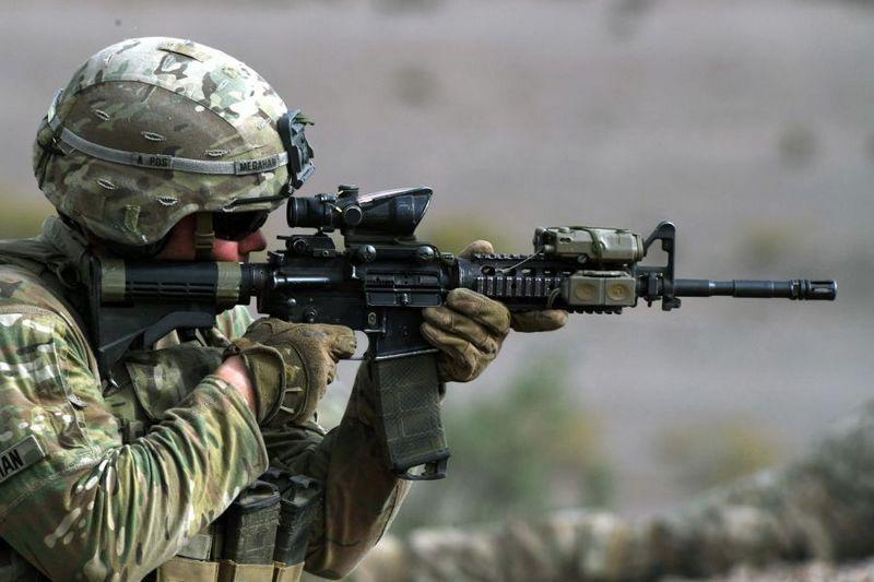 При стрельбе на дистанцию 600-700 метров предпочтительны снайперские винтовки на базе платформы М-4.