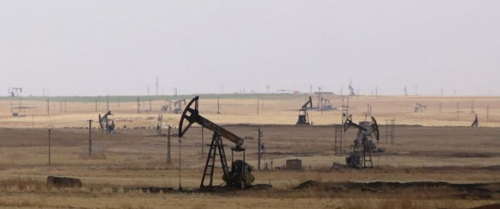 Арабские боевики будут использоваться для охраны захваченных США нефтяных месторождений в провинции Дейр-эз-Зор.