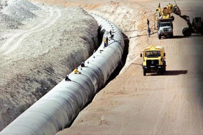 Волей Каддафи было решено построить самый большой трубопровод в мире.