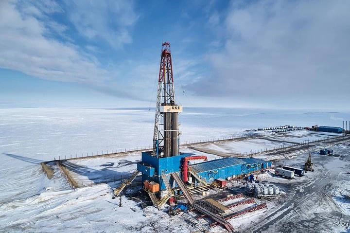 Нефть и газ на сегодня обеспечивают всего 37%доходной части бюджета России.