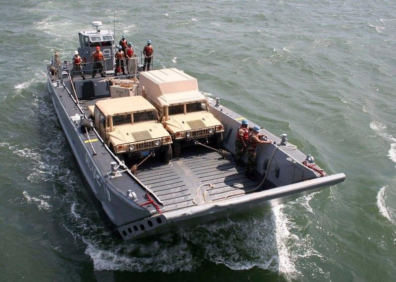 «Военно-морской флот США хочет купить целых 30 новых лёгких десантных военных кораблей, которые были бы значительно меньше и дешевле в эксплуатации».