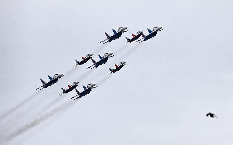 «Русские витязи» на истребителях Су-30СМ.