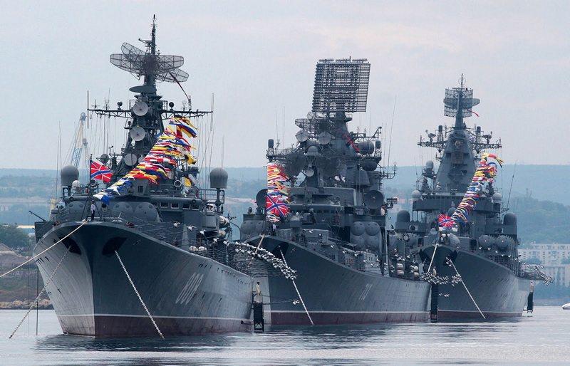 Сильный флот для нашей страны - фактор сильных политических позиций в мире и фактор промышленного и научного развития Отечества.