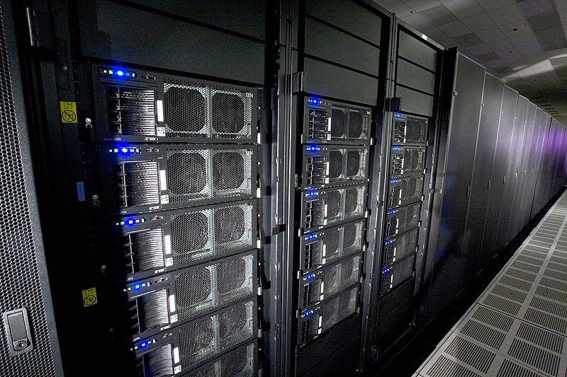 Суперкомпьютер Roadrunner в лаборатории в Лос-Аламос.