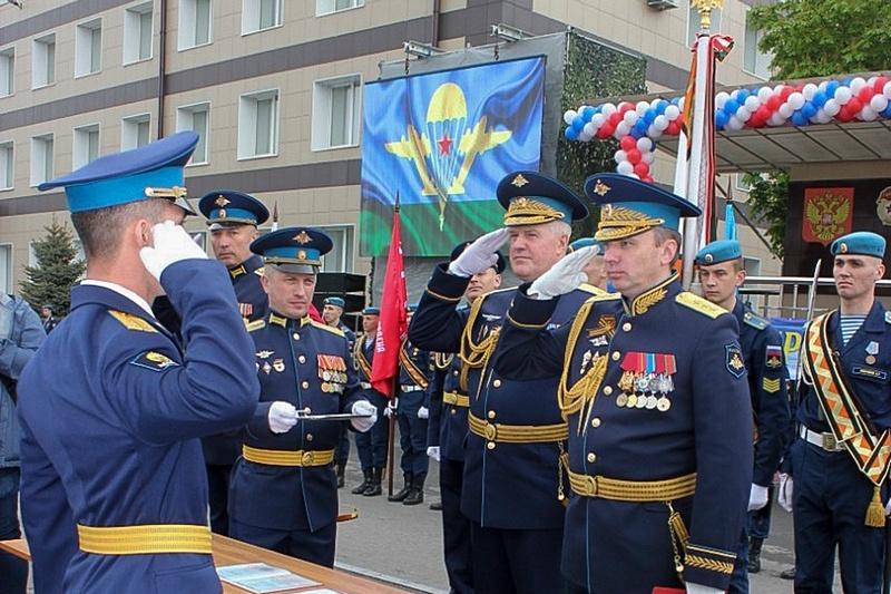 9 мая состоялся очередной, 139-й торжественный выпуск офицеров Рязанского гвардейского высшего воздушно-десантного командного училища имени генерала армии В.Ф.Маргелова (РВВДКУ).