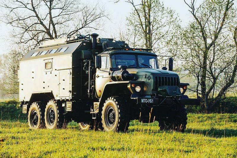 На вооружение железнодорожного соединения Восточного военного округа поступила партия новых специальных машин МТО-УБ.