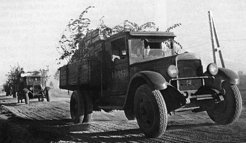За годы Великой Отечественной войны Героями Советского Союза стали 11 фронтовых шофёров Красной Армии.