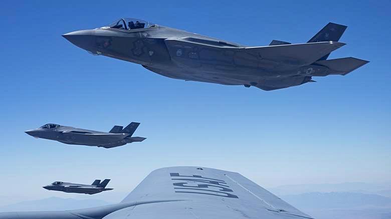 Европейские страны должны самостоятельно расширить свой арсенал ракет класса «воздух-поверхность», которые были бы совместимы с американскими F-35.