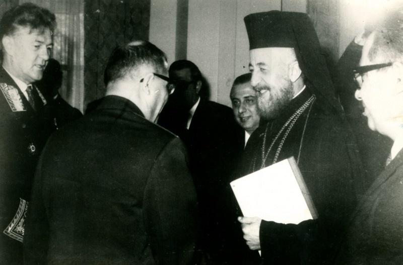 С президентом Макариосом. Слева направо: посол СССР на Кипре А. Барковский, военный атташе В. Бочкарёв.