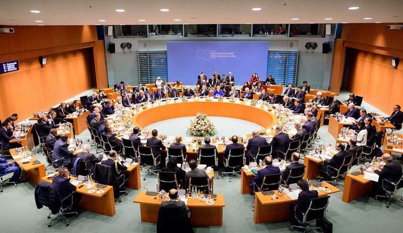 Решения Берлинской конференции предполагали создание Европейским Союзом миссии по пресечению незаконной миграции из Ливии в Европу.