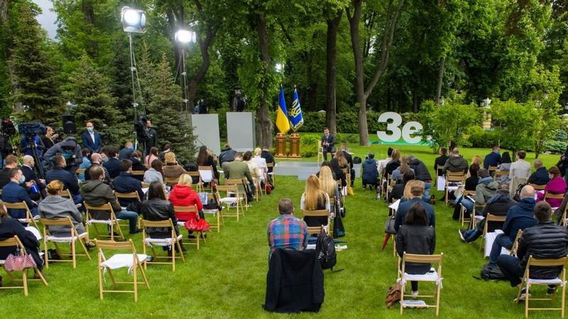 Президент Зеленский на пресс-конференции, приуроченной к годовщине инаугурации.