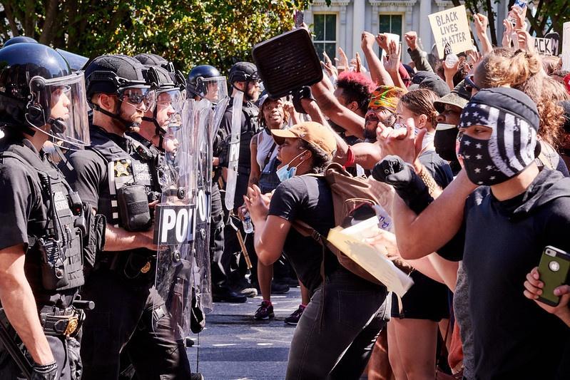 События в Миннеаполисе - это марш-реванш, в котором беспорядки и погромы используются как предвыборные технологии.