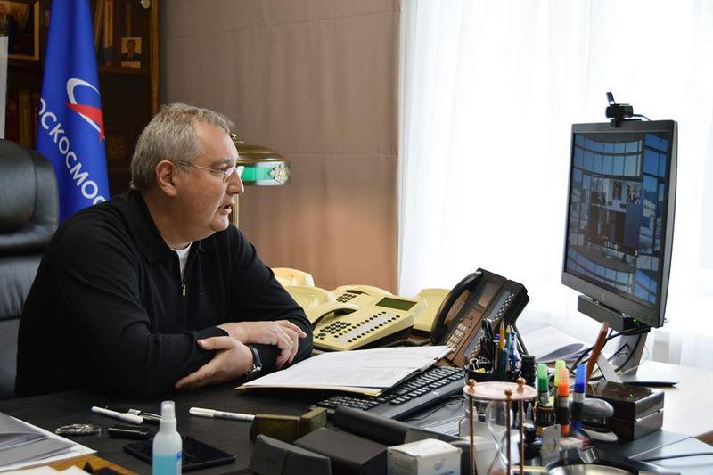 Дмитрий Рогозин, объявивший о том, что при нём «с хищениями покончено», надо полагать, в ситуации с воровством в «Роскосмосе» разобрался.