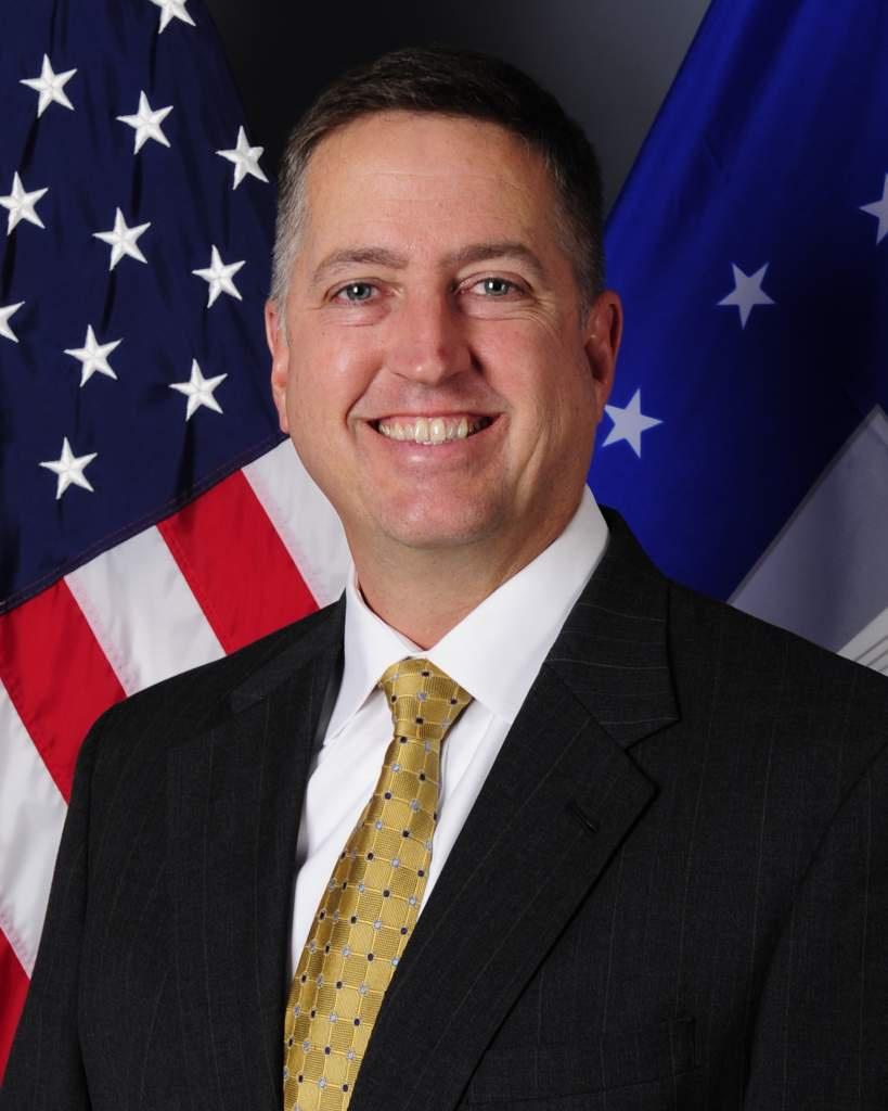Джеймс Смит принял решение реорганизовать Силы специальных операций.