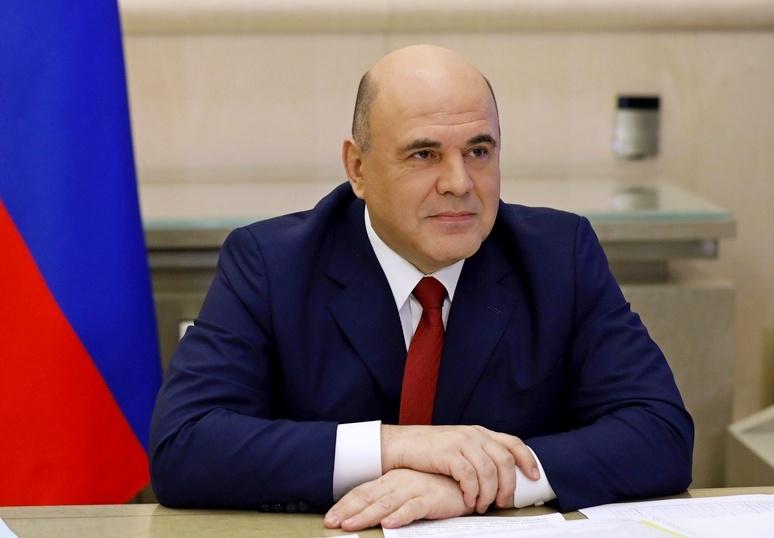 Премьер-министр России Михаил Мишустин призвал россиян не торопиться планировать зарубежные поездки.